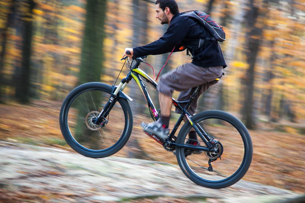 lekki-rower-elektryczny-dynamiczna-jazda__02-1280x854.jpg